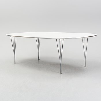 A 'Super Elliptical' dining table by Bruno Mathsson & Piet Hein for Fritz Hansen, Denmark, 1997.