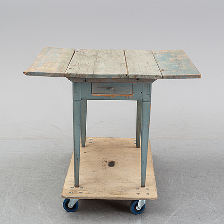A 19th century percussion table.