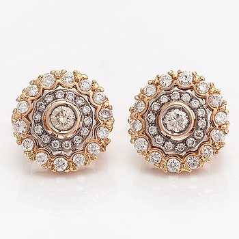 Örhängen, 14K guld, diamanter ca 1.08 ct tot. Ryssland.