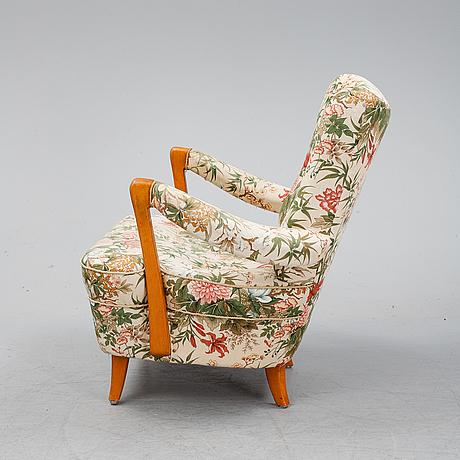 A 1940's swedish modern easy chair.