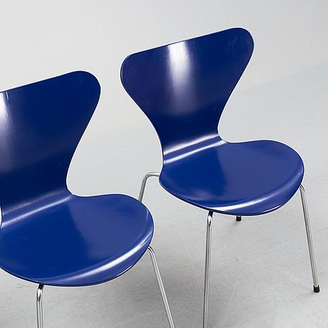 "A set of four ""sjuan"" chairs, arne jacobsen for fritz hansen, denmark, 1989."