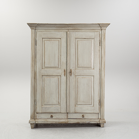A painted cabinet, 19th century.