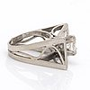 Ring 18k whitegold 1 old-cut centerstone approx 1.4 ct approx h-i vs, 7 old-cut diamonds approx 1,5 ct in total.