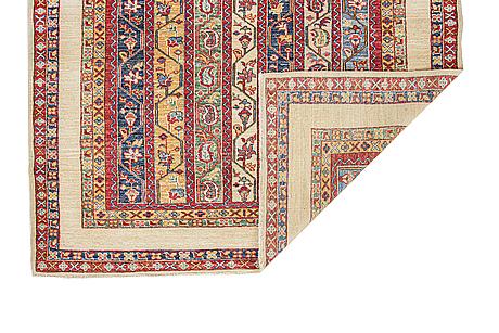 A rug, oriental, ca 200 x 153 cm.