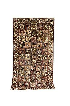 A carpet, semi-antique/Old, Bakhtiari, ca 283 x 160 cm.