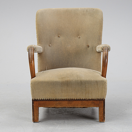 A swedish armchair, firsthalf of the 20th century.