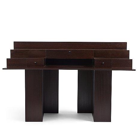 """Marcello vecchi and francesco trabucco, a desk modell """"sc73"""", poggi, italy, 1983."""