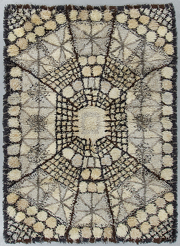 "Marianne richter, a carpet, ""löfstad"", a machine made pile, ca 192 x 136 cm."