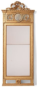 A Swedish Gustavian mirror by Lago Lundén 1791.