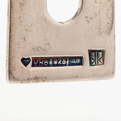 Mirjam salminen, halsband, sterlingsilver. kaunis koru, helsingfors 2002.