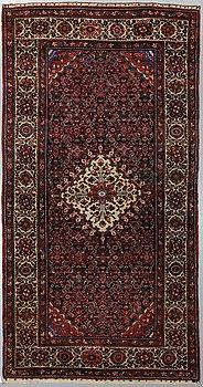 Carpet, a semi-antique, Western Persia, ca 317 x 165 cm.