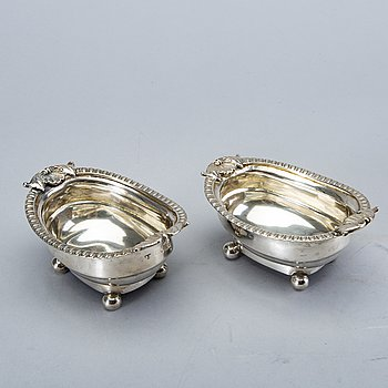 A 19th century English pair of saltcellars London 1810.