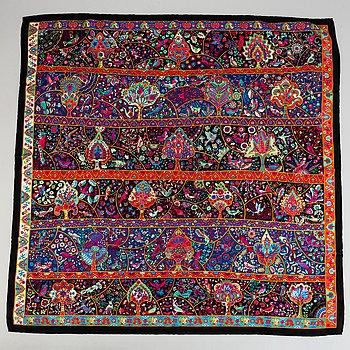 Hermès, scarf, 'Au Pays des Oiseaux Fleurs'.