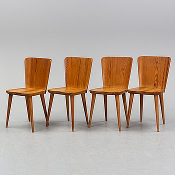 Four pine chairs by Göran Malmvall, second half of the 20th Century.