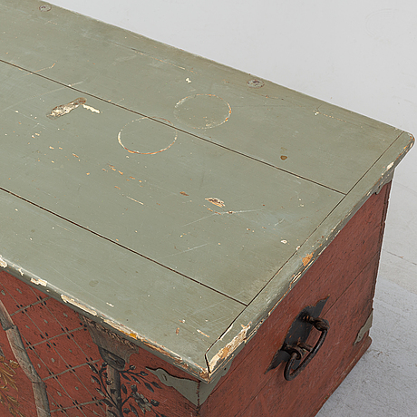 A swedish 19th century folk art chest, hälsingland.
