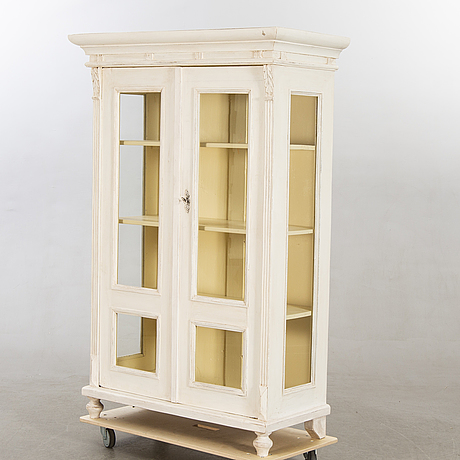 A display cabinet first half of the 20th century.
