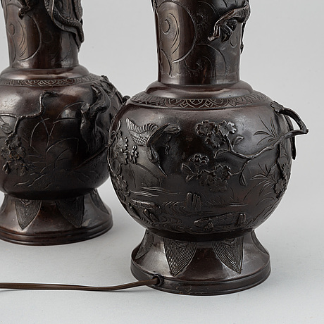 A pair of japanese vases turned into table lamps, japan, 20th century.