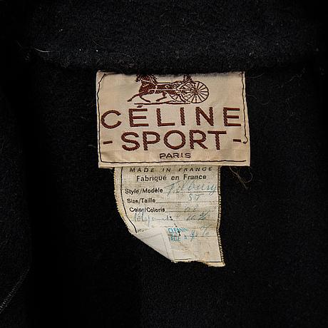 Céline, cape.