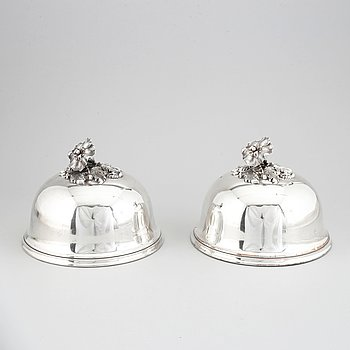 A pair of silver plate dish steak covers, maker's mark Henri Kindberg, Paris (1824-1838).