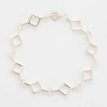 A Jorma Laine bracelet in silver.