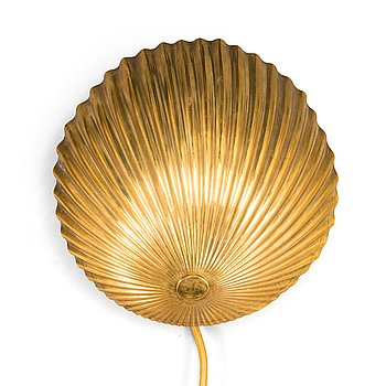 Paavo Tynell, a mid-20th-century wall light for Taito.