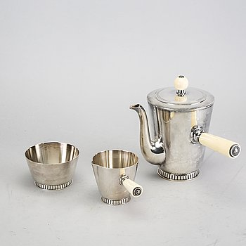 A Swedish 20th century silver 3 pcs coffee service mark of GAB Stockholm 1947.