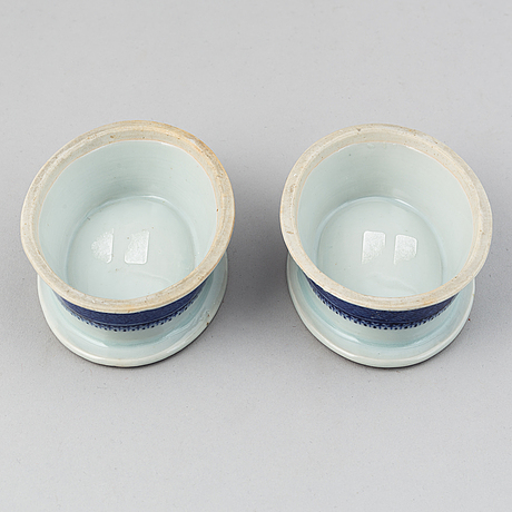 A pair of blue and white salts, qing dynasty, jiaqing (1796-1820).