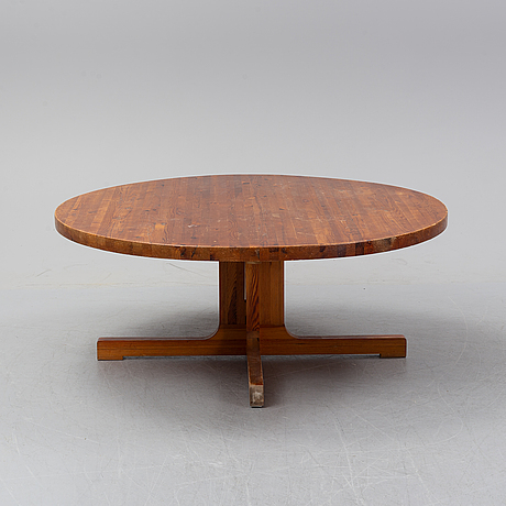 A 1960/70's pine table.
