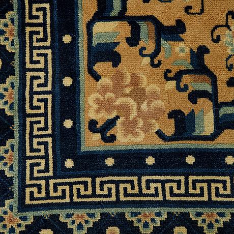 A carpet, semi-antique/old china, ca 302 x 196 cm.
