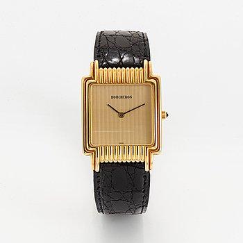 Boucheron, wristwatch, 27 x 36 mm.