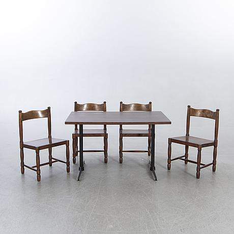 Bord samt stolar 4 st gemla 1900-talets senare del.