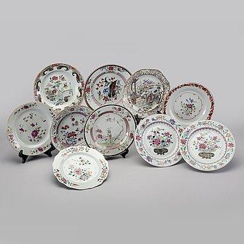 A set of ten different Qianlong porcelain plates.