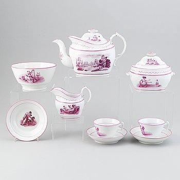 A 22-piece porcelain tea service, England, first half of the 19th Century.