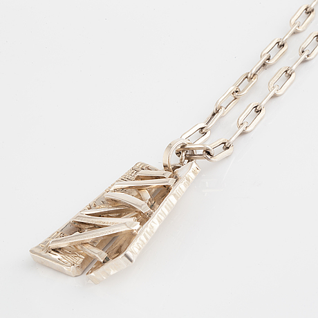 A claes giertta silver necklace.