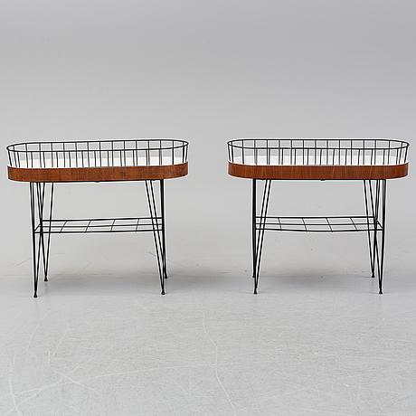 Blomsterbord, 2 stycken, 1950-60-tal.
