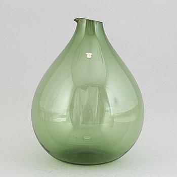 A glass vase by Kjell Blomberg from Gullaskruf, 1960's.