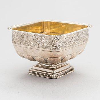 A Russian parcel-gilt silver bowl, Moscow 1837, maker's mark cursive I.E. Assay master Andrey Kovalsky.