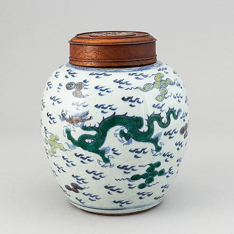 A phenix and dragon jar, qing dynasty, 18th century.