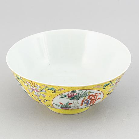 Skål, porslin. kina, 1900-tal.