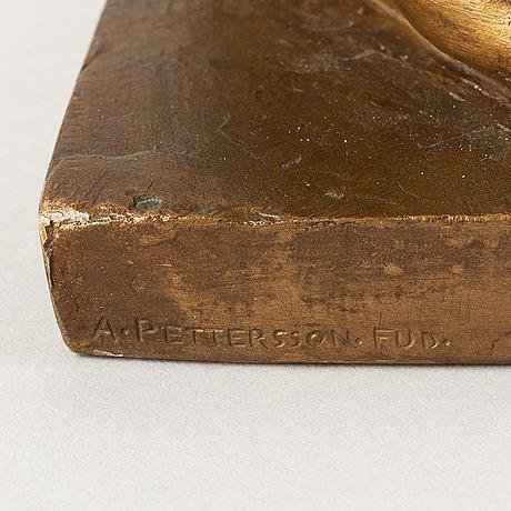 Conrad carlman, skulptur. signerad. gjut.stämpel. höjd 27 cm, längd 36 cm.