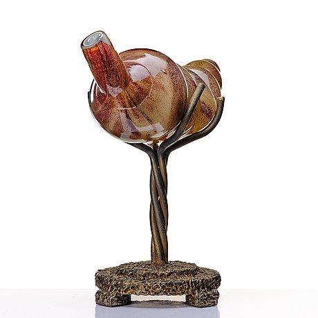 """Gunilla kihlgren, a glass sculpture """"without title"""" on a bronze stand, 1998."""