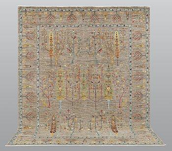 """A carpet, """"Ziegler"""" design, ca  302 x 244 cm."""