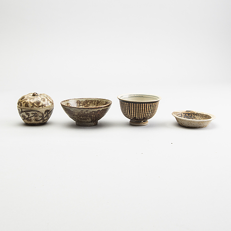 A group of four south east asian vessels, 18/19th century.