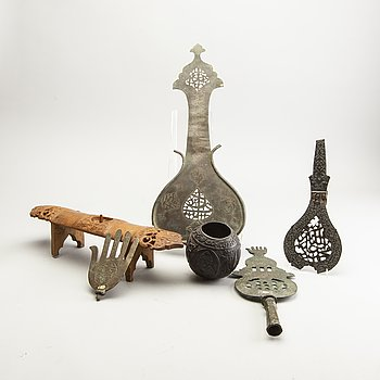A goup of Persian objects 19th/20th Century. (6 pieces).