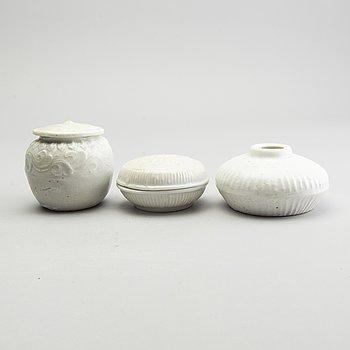 A group of white glazed vessels, 17th Century.