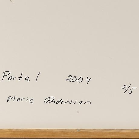 Marie andersson, fotografi signerad och numrerad 2/5 a tergo.