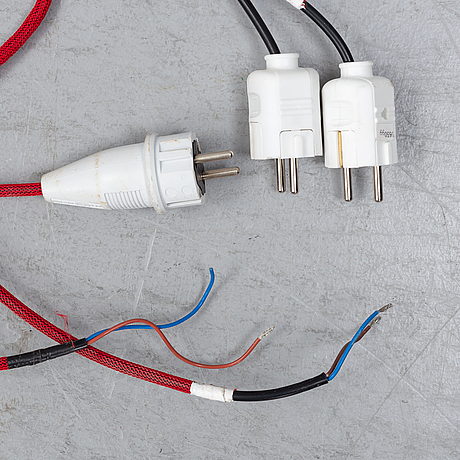 Five 'caravaggio' pendant lights bu cecilie manz, designed 2005.