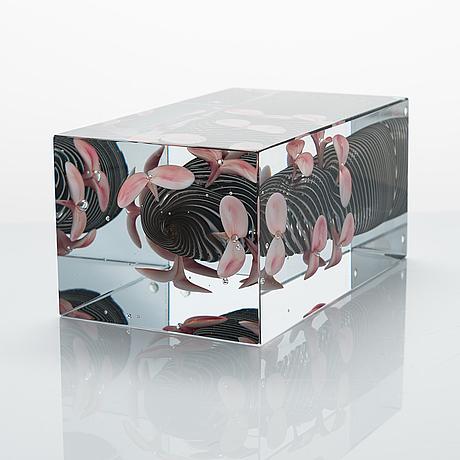 Oiva toikka, a jubilee cube, 'sakurano hana', pro arte, signed oiva toikka nuutajärvi notsjö 2008, numbered 18/200.
