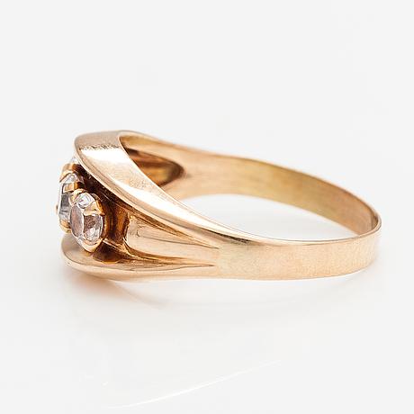 Elis kauppi, ring, 14k guld, syntetiska spineller. kupittaan kulta, åbo 1965.