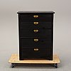 A ca 1900 chest of drawers.